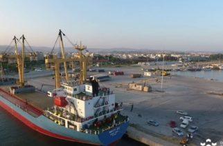 Σε προειδοποιητική αποχή κατεβαίνουν την Κυριακή οι εργαζόμενοι στο λιμάνι Αλεξανδρούπολης