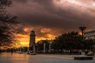 """Ο διαχρονικός… νταβατζής της Αλεξανδρούπολης και ο """"κολλητός"""" του, την θέλουν πόλη-Δουκάτο γεμάτη… Από στολίδια"""