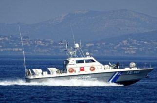 Το Λιμενικό εντόπισε και διέσωσε 28 λαθρομετανάστες που επέβαιναν σε βάρκα