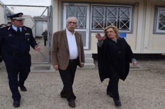 Στα… μουλωχτά ήρθε στο ΚΥΤ Φυλακίου και την περιοχή ο Υπουργός Μεταναστευτικής Πολιτικής Δημήτρης Βίτσας