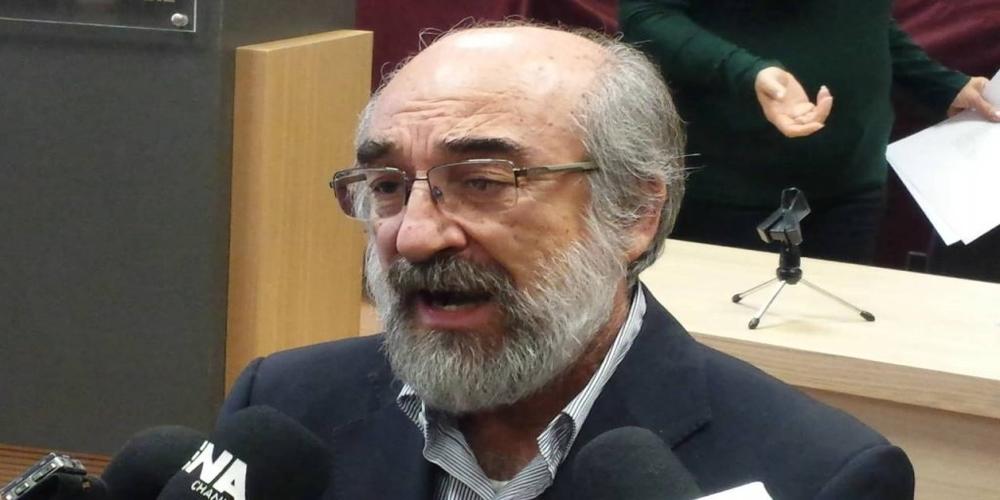 """Επιμένει ο Β.Λαμπάκης: """"Η δήλωση μου για… καρκινώματα, εννοιολογικά ήταν απόλυτα λογική και αληθής"""""""