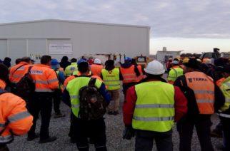 Μαζική συνέλευση των εργαζομένων στον σταθμό συμπίεσης του αγωγού ΤΑΠ στον Πέπλο
