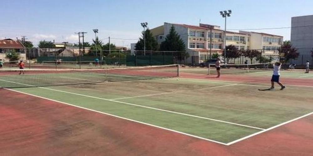 Δήμος Σουφλίου: Με… σερβίς απ' ευθείας ανάθεση για χλοοτάπητα γηπέδου τένις σε εταιρεία της Θεσσαλονίκης