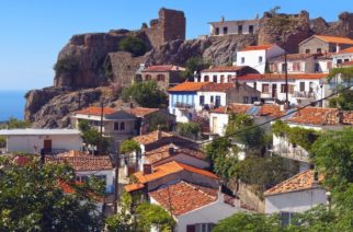 Μοσκοβισί: Η Ελλάδα ΔΕΝ έχει ζητήσει να εξαιρεθούν τα νησιά της (Σαμοθράκη) απ' την εφαρμογή του ΦΠΑ