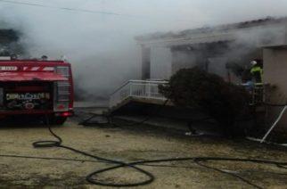 Πυρκαγια κατέστρεψε σπίτι σε χωριό του Έβρου