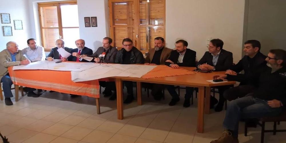 Μαυρογιαλούρικη προεκλογική φιέστα Λαμπάκη στη Νίψα, που την είχαν ξεχασμένη 8 χρόνια (ΒΙΝΤΕΟ)