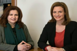 """Στο πλευρό της Μαρίας Γκουγκουσκίδου η Ζωή Φραγκούδη: """"Η Μαρία θα είναι εξαιρετική δήμαρχος. Την υποστηρίζω ενεργά"""""""