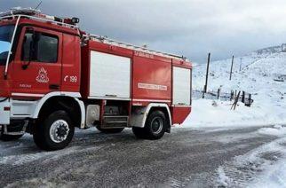 Σαμοθράκη: Η Πυροσβεστική απεγκλώβισε οδηγό που ακινητοποιήθηκε μεταξύ Χώρας-Καμαριώτισσας