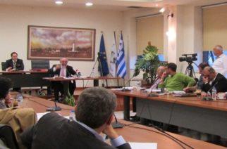 Αλεξανδρούπολη: Κόλαση στο δημοτικό συμβούλιο που διακόπηκε – Παραλίγο να έρθουν στα χέρια για το Σφαγείο Φερών
