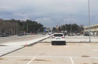 Λαϊκή Συσπείρωση: Να συζητηθούν στο Δ.Σ κατασκευή του πάρκινγκ, πλατεία Φάρου, ελεύθερη πρόσβαση παραλιών
