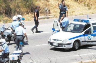 Αλεξανδρούπολη: Συνέλαβαν μετά από καταδίωξη δυο νεαρούς με μαχαίρι, ναρκωτικά και πλαστές πινακίδες