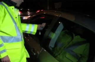 Χειροπέδες σε 35χρονη Ορεστιαδίτισσα που οδηγούσε μεθυσμένη και χωρίς δίπλωμα