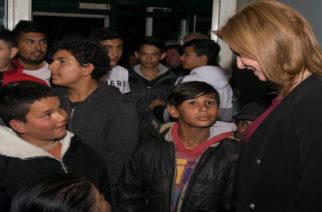Ορεστιάδα: Στη συνοικία Κλεισσώ με τους Ρομά βρέθηκε η υποψήφια δήμαρχος Μαρία Γκουγκουσκίδου