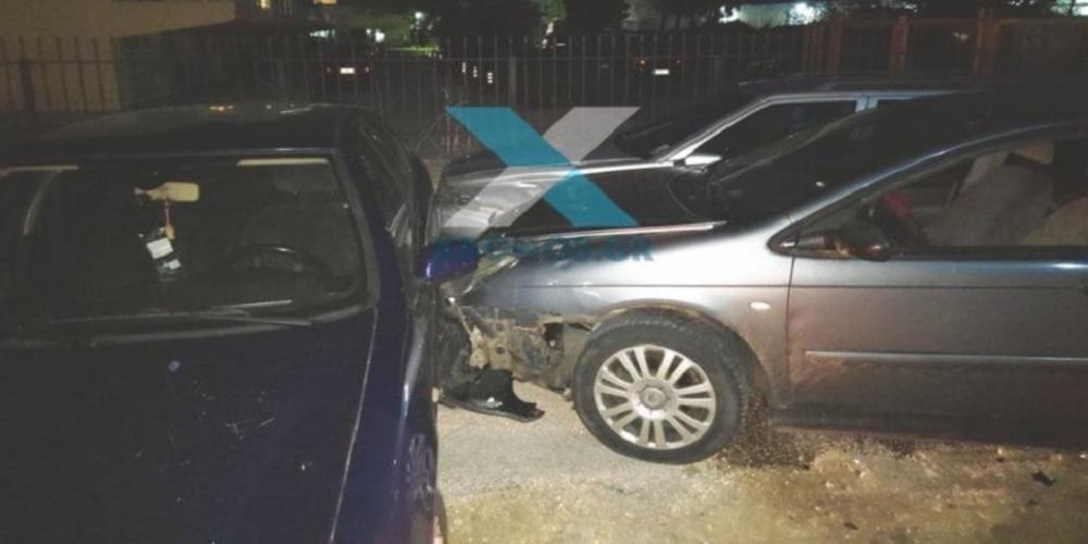 Κυνηγητό και συλλήψεις 3 διακινητών λαθρομεταναστών σε Λουτρά, Κομοτηνή, με ζημιές σε σταθμευμένα αυτοκίνητα