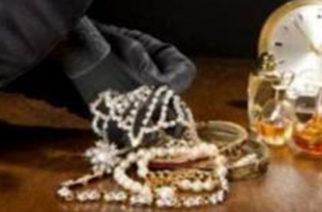 Έκλεψε πριν μια βδομάδα χρήματα και κοσμήματα από σπίτι στην Αλεξανδρούπολη, αλλά τον συνέλαβαν