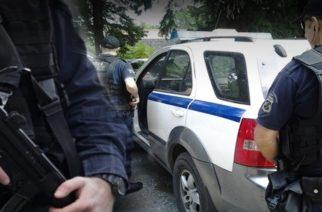 Λάβαρα: Συνέλαβαν διακινητές που περνούσαν 10 λαθρομετανάστες και ήταν έτοιμοι να φέρουν άλλους 70