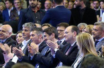 """Τα… Περιφερειακά: Η νέα δυναμική στήριξη Μητσοτάκη σε Μέτιο και ο """"εμφύλιος"""" Τοψιδικών σε Καβάλα, Ξάνθη"""