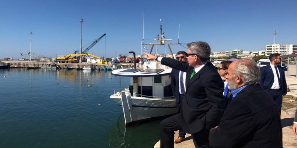 Αμερικανοί, εξειδικευμένα στελέχη για τον καθαρισμό του λιμανιού, βρίσκονται στην Αλεξανδρούπολη
