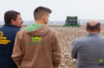Πολύμηνη αποθήκευση της παραγωγής εξασφαλίζει η εξάσειρη John Deere – Δεν χάνεται καθόλου βαμβάκι