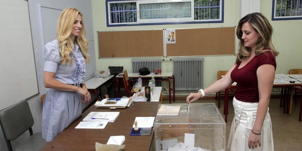 Οι Εβρίτες ψηφίζουν και εκλέγουν σήμερα νέα Κυβέρνηση και τους 4 βουλευτές τους