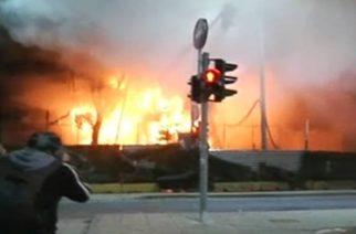 """Κουκουράβας: """"Έγινε δολιοφθορά. Έβαλαν φωτιά σε μια απ' τις κατασκευαστικές εταιρείες που φτιάχνει τις ασφαλτοστρώσεις""""!!!"""