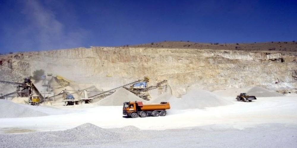 Ανοίγει ο δρόμος για φθηνότερα δημόσια έργα στο βόρειο Έβρο και επαναλειτουργία των λατομείων Κουφόβουνου