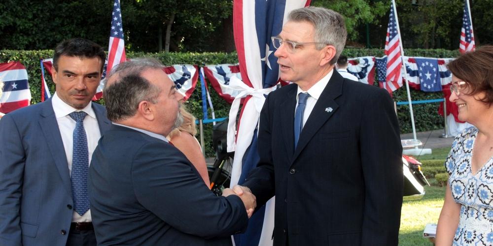 Το Evros-news.gr και ο Κώστας Πιτιακούδης, στη δεξίωση του Αμερικανού πρέσβη για την Ημέρα Ανεξαρτησίας των ΗΠΑ (φωτορεπορτάζ)