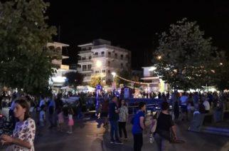 """Ορεστιάδα: Τεράστια επιτυχία η """"1η Λευκή Νύχτα"""" – Πολύ μεγάλη συμμετοχή κόσμου που ξεχύθηκε στην πόλη"""