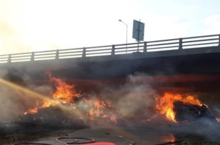 Πυρκαγιά κάτω από γέφυρα της Εγνατίας Οδού – Φόβοι για την στατικότητα της -Διακοπή κυκλοφορίας