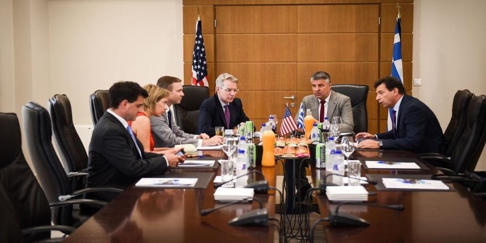 Ο Τοψίδης κατάργησε την συμφωνία με το Επιμελητήριο Συμφερούπολης Κριμαίας, όπως ζήτησε πέρυσι ο Αμερικανός Πρέσβης