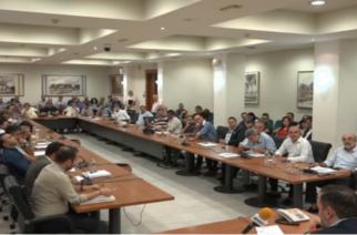 """Χαμός στο δημοτικό συμβούλιο – """"Μέτωπο"""" και συνεργασία Λαμπάκη, Δευτεραίου, Λαζόπουλου… (ουρά Μιχαηλίδης) για τον χρυσό"""