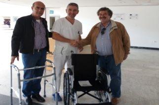 Αλεξανδρούπολη: Δωρεά αμαξιδίου και ειδικής περπατούρας στο Νοσοκομείο από το Πολυκοινωνικό