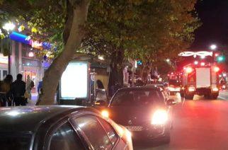 ΠΑΝΙΚΟΣ πριν λίγο στην Αλεξανδρούπολη – Διαρροή σε φιάλη γκαζιού καφετέριας και επέμβαση Πυροσβεστικής (ΒΙΝΤΕΟ)
