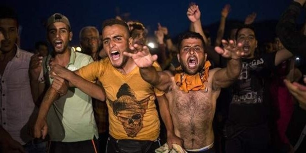 """Φόβος και τρόμος απ' τα μπλόκα λαθρομεταναστών – Πάρτε μέτρα, αν γίνει η """"στραβή"""" θα είναι αργά"""