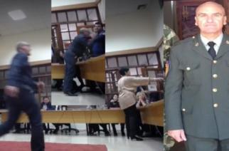 """Διδυμότειχο: Ο στρατιωτικός Θόδωρος Σκίνδρης απ' τους αρνητικούς """"πρωταγωνιστές"""" στις απαράδεκτες σκηνές στο δημοτικό συμβούλιο"""