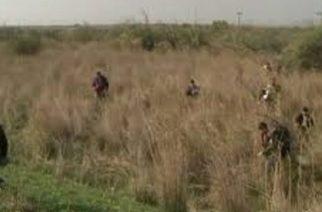 Ορεστιάδα: Συνελήφθησαν τρεις διακινητές σε χωράφια του χωριού Σάκκος να καθοδηγούν λαθρομετανάστες