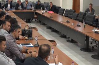 Αποχώρησε η παράταξη Λαμπάκη από την συζήτηση του προϋπολογισμού επειδή… κουράστηκαν – Ψηφίστηκε με ευρύτατη πλειοψηφία