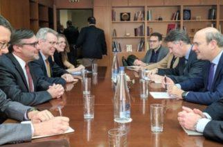 Η Αλεξανδρούπολη στο επίκεντρο της συνάντησης Χατζηδάκη, με τον Αμερικανό υφυπουργό Εξωτερικών Μάθιου Πάλμερ