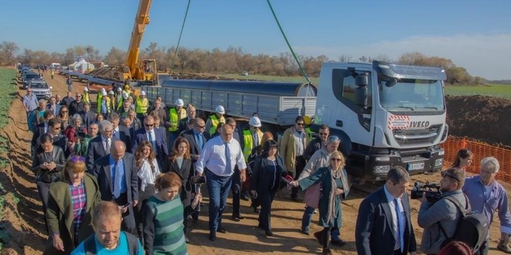 Τα έργα του Ελληνοβουλγαρικού αγωγού φυσικού αερίου IGB επιθεώρησαν Βούλγαρος Πρωθυπουργός και Έλληνας πρέσβης