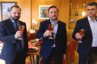 Video: Οι… πρωτότυπες ευχές του δημάρχου Αλεξανδρούπολης και η… προτροπή στους πολίτες για το 2020