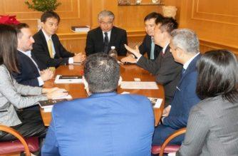 Επίσκεψη του Ιάπωνα Πρέσβη στον Δήμαρχο Αλεξανδρούπολης και συζήτηση για τις προοπτικές της πόλης
