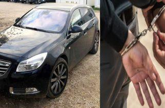 Μπλόκο απ' τους αστυνομικούς σε διακινητή στους Γιατράδες Διδυμοτείχου, ενώ μετέφερε λαθρομετανάστες με κλεμμένο αυτοκίνητο