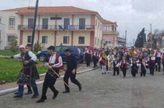Το έθιμο της Κορτοπούλας αναβίωσε και χθες στο Τυχερό (ΒΙΝΤΕΟ+φωτό)
