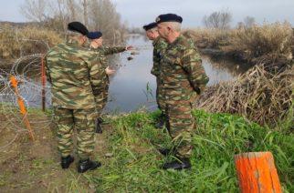 """Έβρος: Με συρματοπολέγματα και κοινές περιπολίες Στρατού-Αστυνομίας ξεκίνησε η επιχείρηση """"σφράγισμα"""" των συνόρων"""