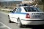 Περιπετειώδης καταδίωξη 18χρονου διακινητή και 4 λαθρομεταναστών – Το αυτοκίνητο έπεσε σε ρέμα στα Λουτρά