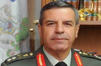 Ο Αντιστράτηγος Χαράλαμπος Λαλούσης, μέχρι τώρα Διοικητής Δ' Σ.Σ., νέος Αρχηγός ΓΕΣ – Τέλος ο Καμπάς