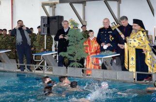 Ορεστιάδα: Γιόρτασε τα Θεοφάνεια με την ρίψη του σταυρού στο κλειστό Κολυμβητήριο (φωτορεπορτάζ)