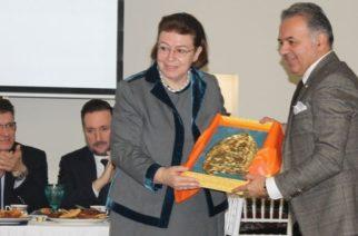 Αλεξανδρούπολη: Επίτιμο μέλος του Συλλόγου Καππαδοκών Έβρου, η υπουργός Πολιτισμού Λίνα Μενδώνη (φωτορεπορτάζ)