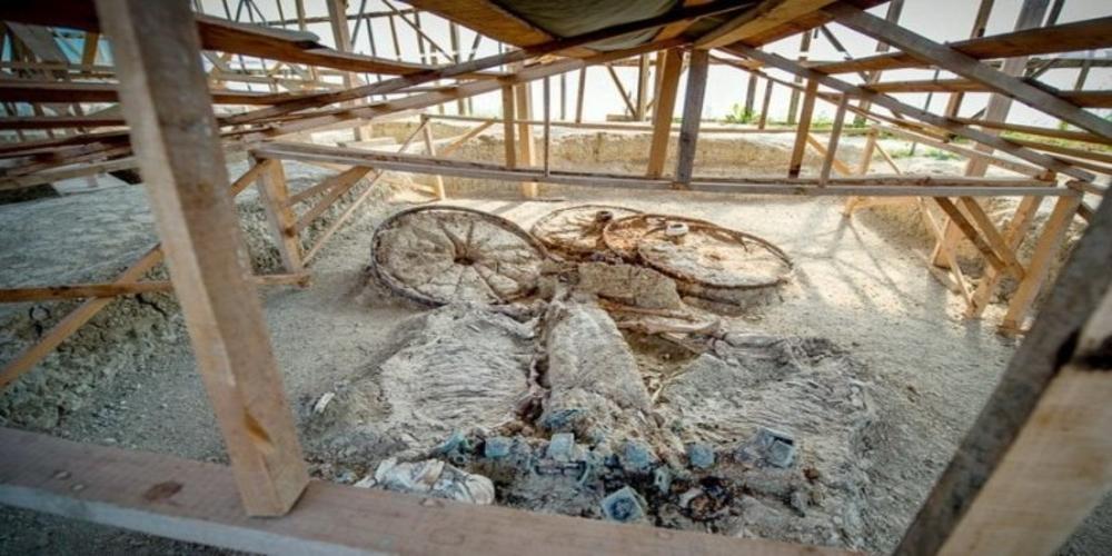 Τύμβος Δοξιπάρας: Τον βρήκε δυστυχώς όπως τον άφησε το 2014 η υπουργός Πολιτισμού Λίνα Μενδώνη
