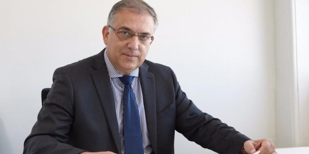 Κλείνει την… κερκόπορτα στην Θράκη, με αναστολή δημοτικών και περιφερειακών δημοψηφισμάτων, ο υπουργός Εσωτερικών Τάκης Θεοδωρικάκος